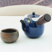 1.2寶藍瓷側把壺